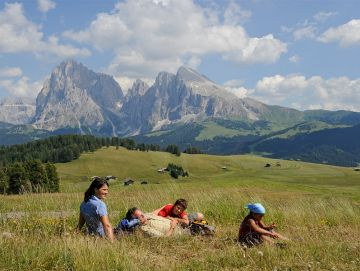 Alpine summer-fun week on the Alpe di Siusi